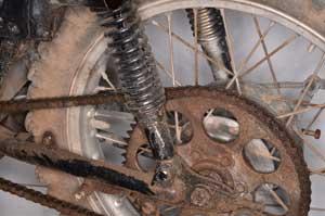 1. Cut a seized chain to roll the bike.