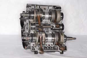 5. Faulty crank seals are a serious problem on 2-stroke engines.